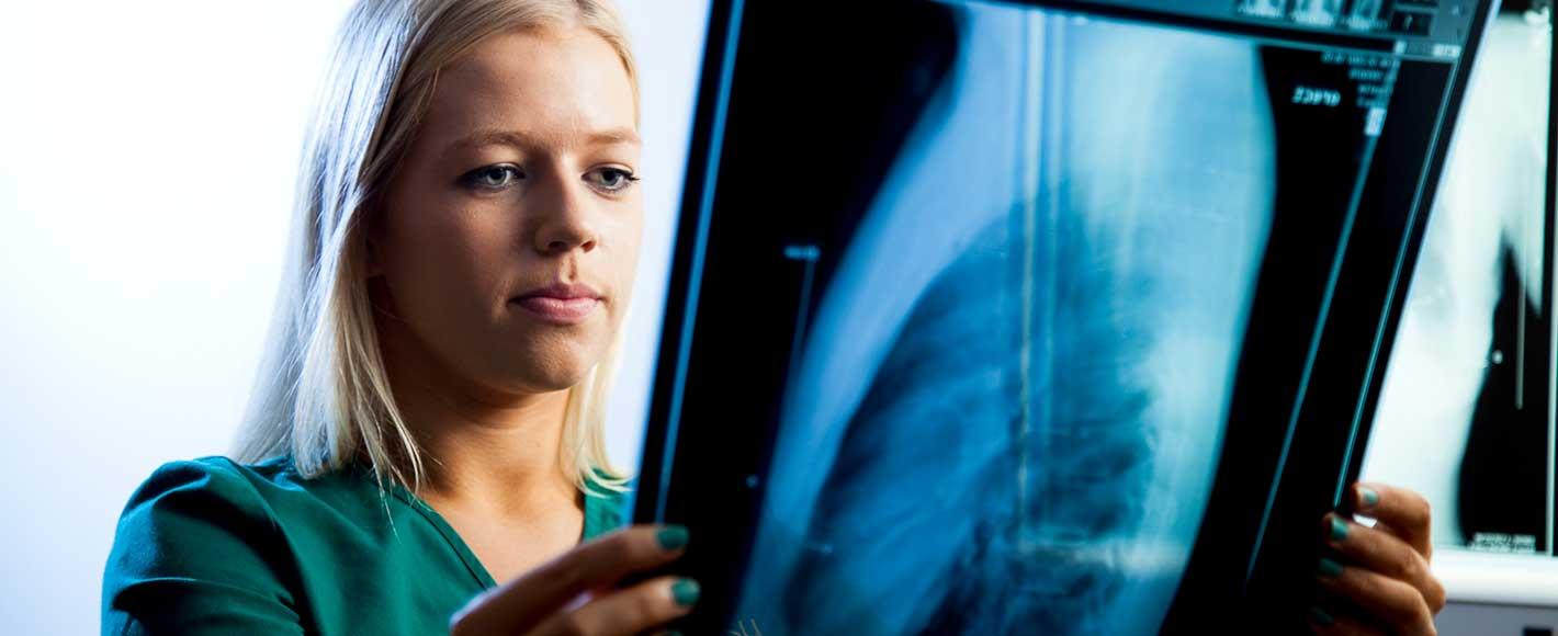 Radiologos matriculados con credenciales identificatorias